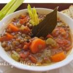 Здравословна супа (без запръжка) с леща, селъри, моркови и бяло вино вино