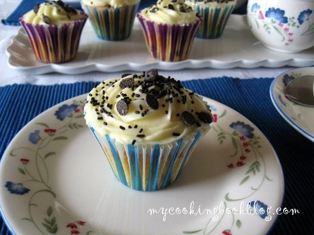 Кексчета (cupcakes) с шоколадов чипс