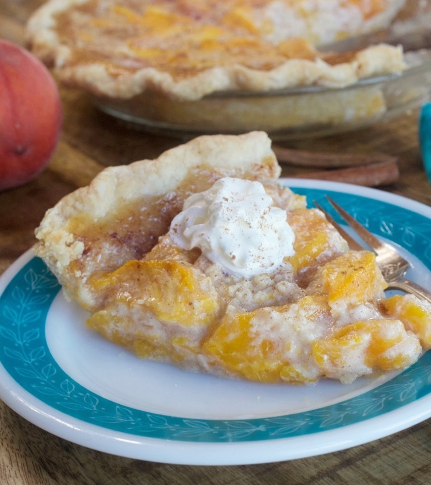 Fresh Peaches and Cream Pie