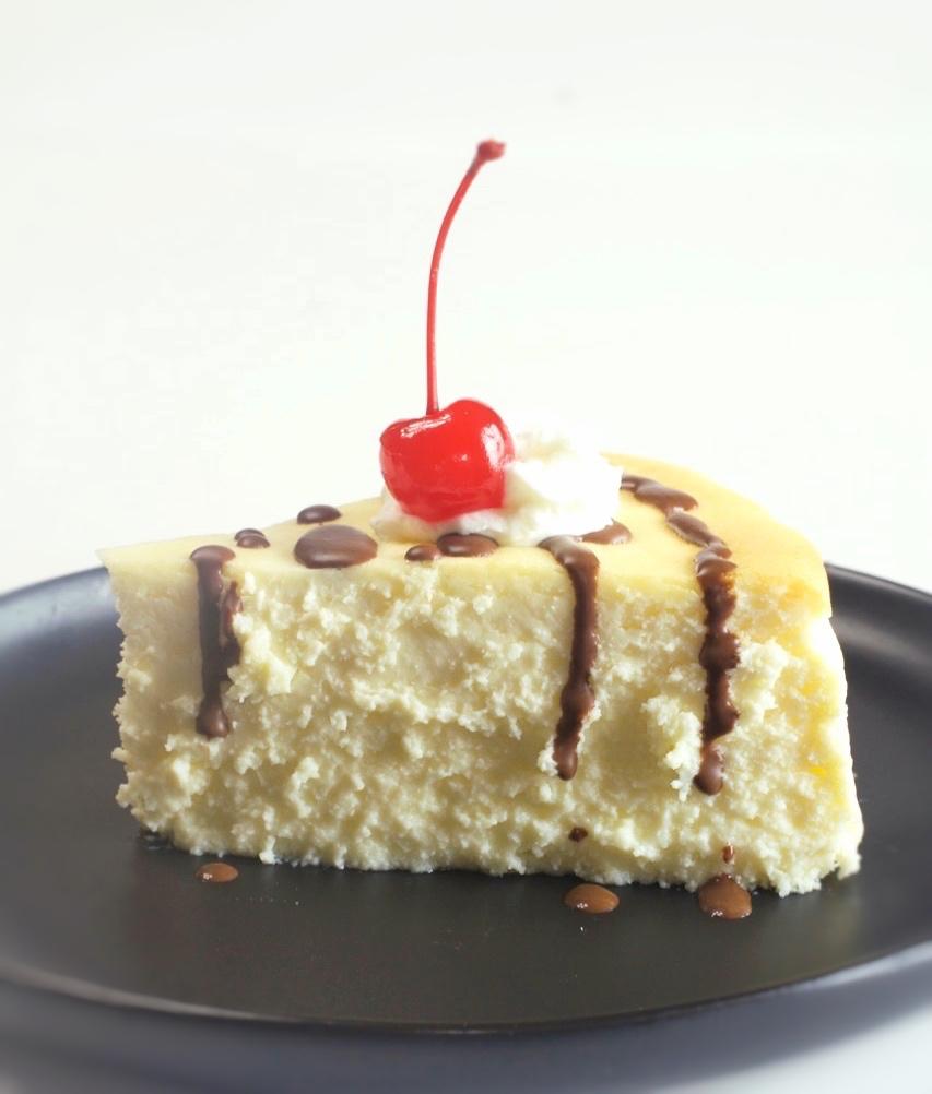 Creamy Crustless New York Cheesecake