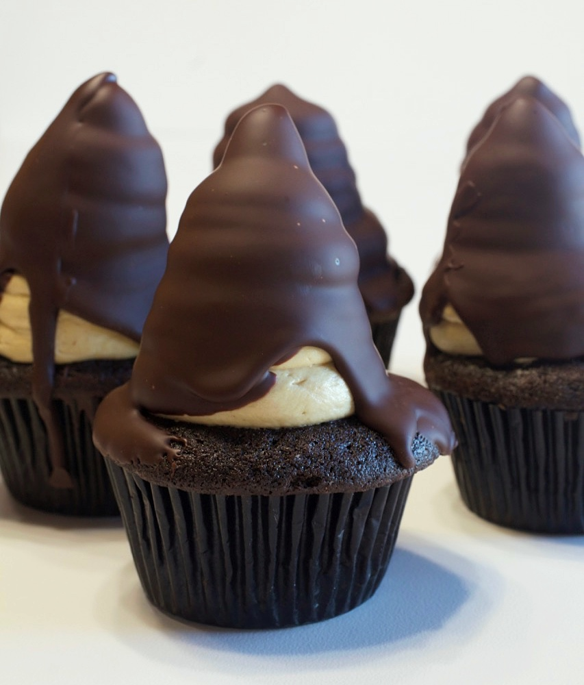 Chocolate Peanut Butter Hi-Hat Cupcakes