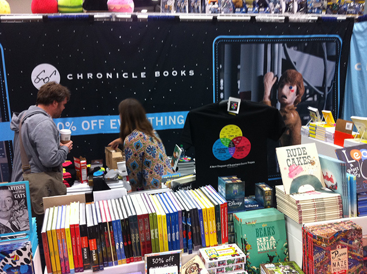09 - San Diego Comic Con 2015 - Star Wars Epic Yarns - Chronicle Books  Booth 2