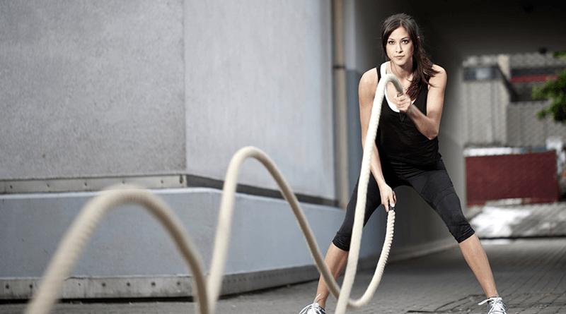 esercizi corda allenamento battle rope