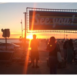 zomer-zin-tot-volgend-jaar-zonsondergang-zee-water-strand