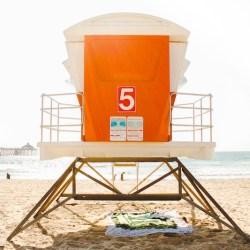 summer-zomer-strand-huisje-zand-zee-oceaan