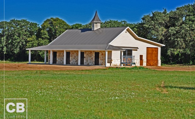 Fues Custom Horse Stables