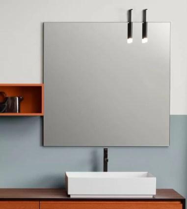 Specchiera Kubika finitura nero opaco, senza presa ed interruttore. L 100 x P 2.6 x A 100 cm