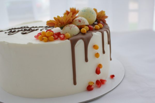 Romantic Cake For Husband In Cream Cheese Cake Ideas Mydesserts