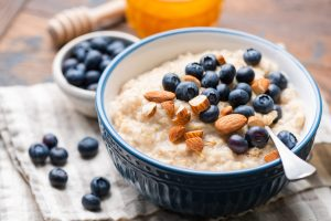 Choosing the Best Oatmeal to Stay Satisfied and Control Blood Sugar