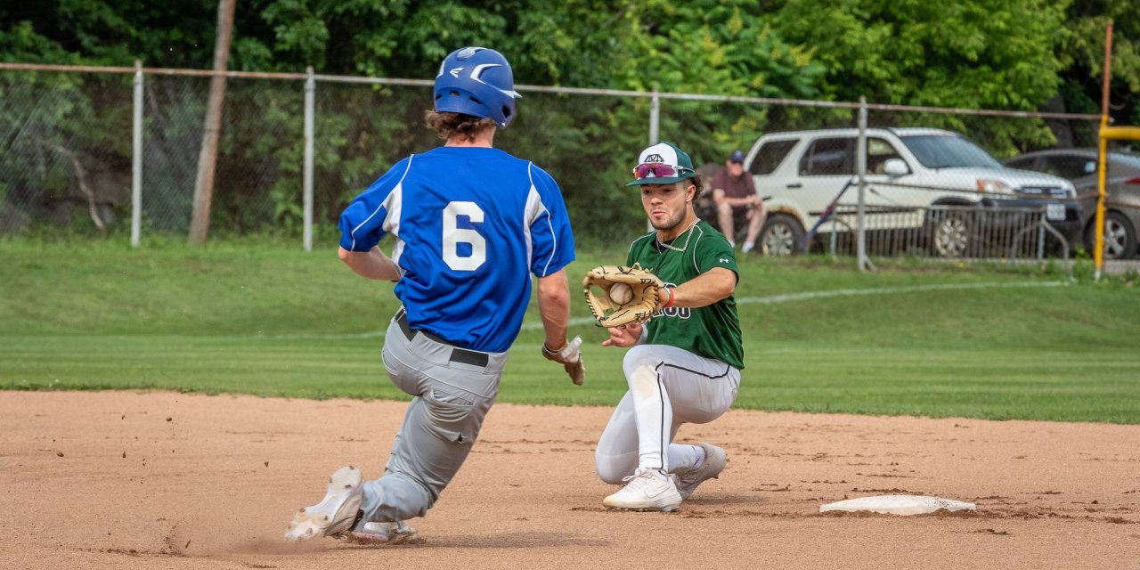 Diamond Dawgs Rely On Timely Hitting To Sweep Watertown