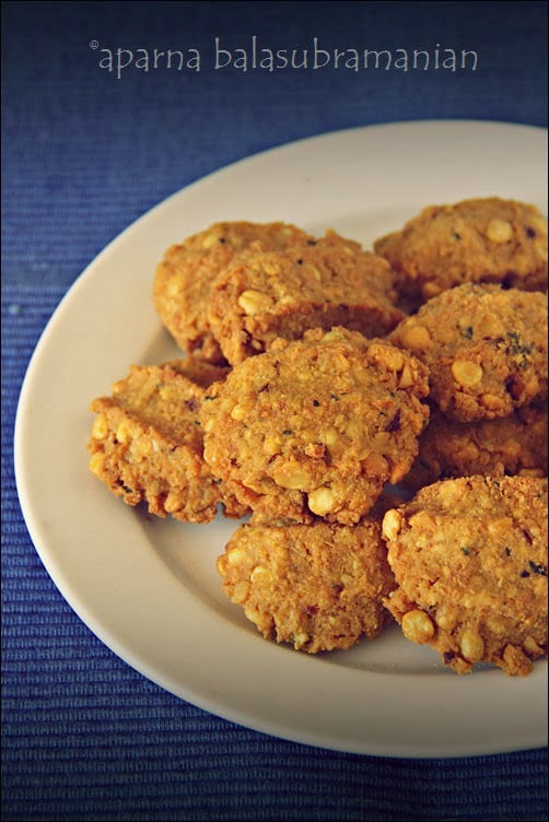 Aamavadai or Lentil Fritters