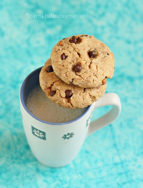 Somewhat Healthier Eggless Peanut Butter -Chocolate Chip Cookies!