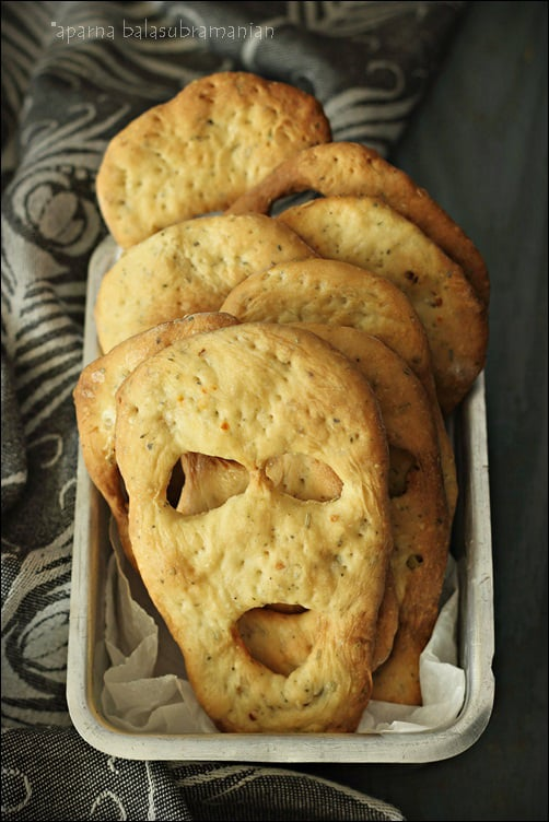 """Herbed """"Boo/ Ghost"""" Breads For Halloween (V) & The Winners Of The 500 Cookies Cookbook Giveaway!"""