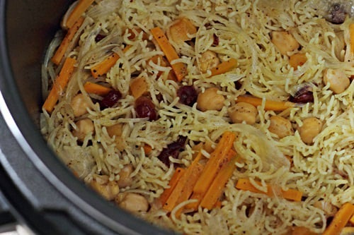 how to make chicken pulao in pressure cooker
