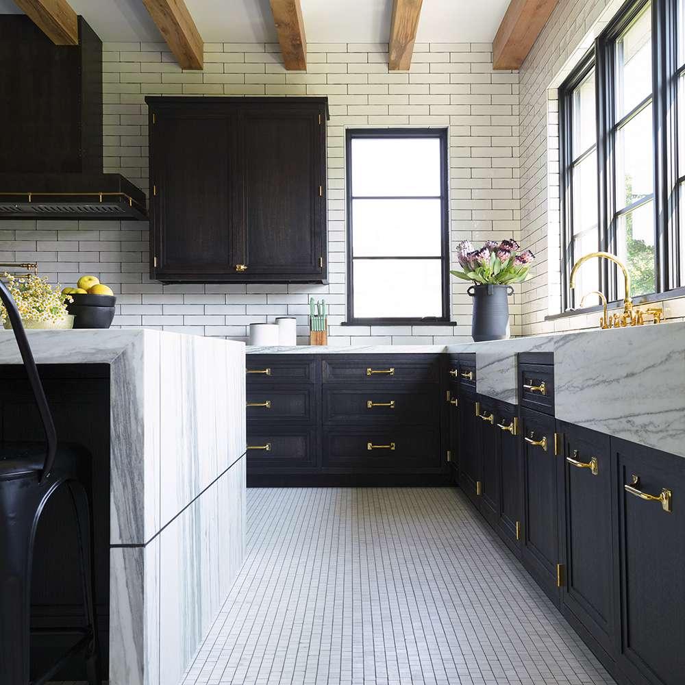 10 timeless kitchen floor tile ideas