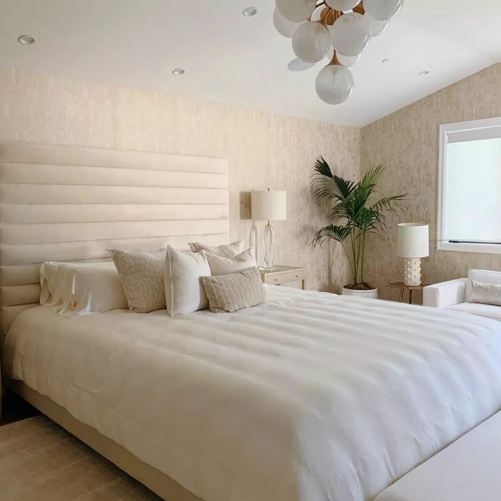 Bedroom with light fixtures