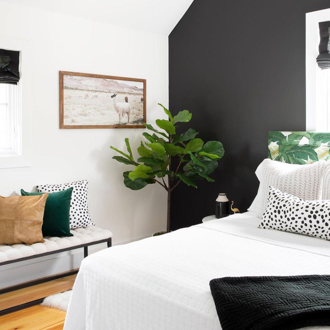 20 stunning black bedroom ideas to