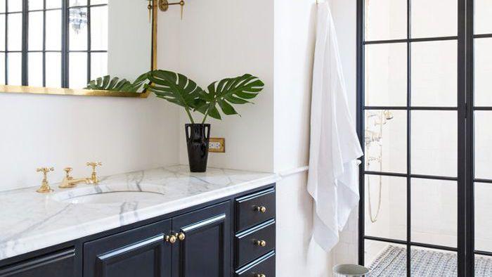 genius bathroom cleaning hacks you need