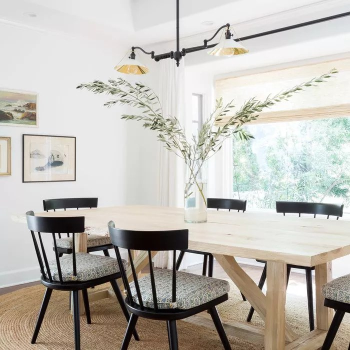 How to decorate cool: add greenery