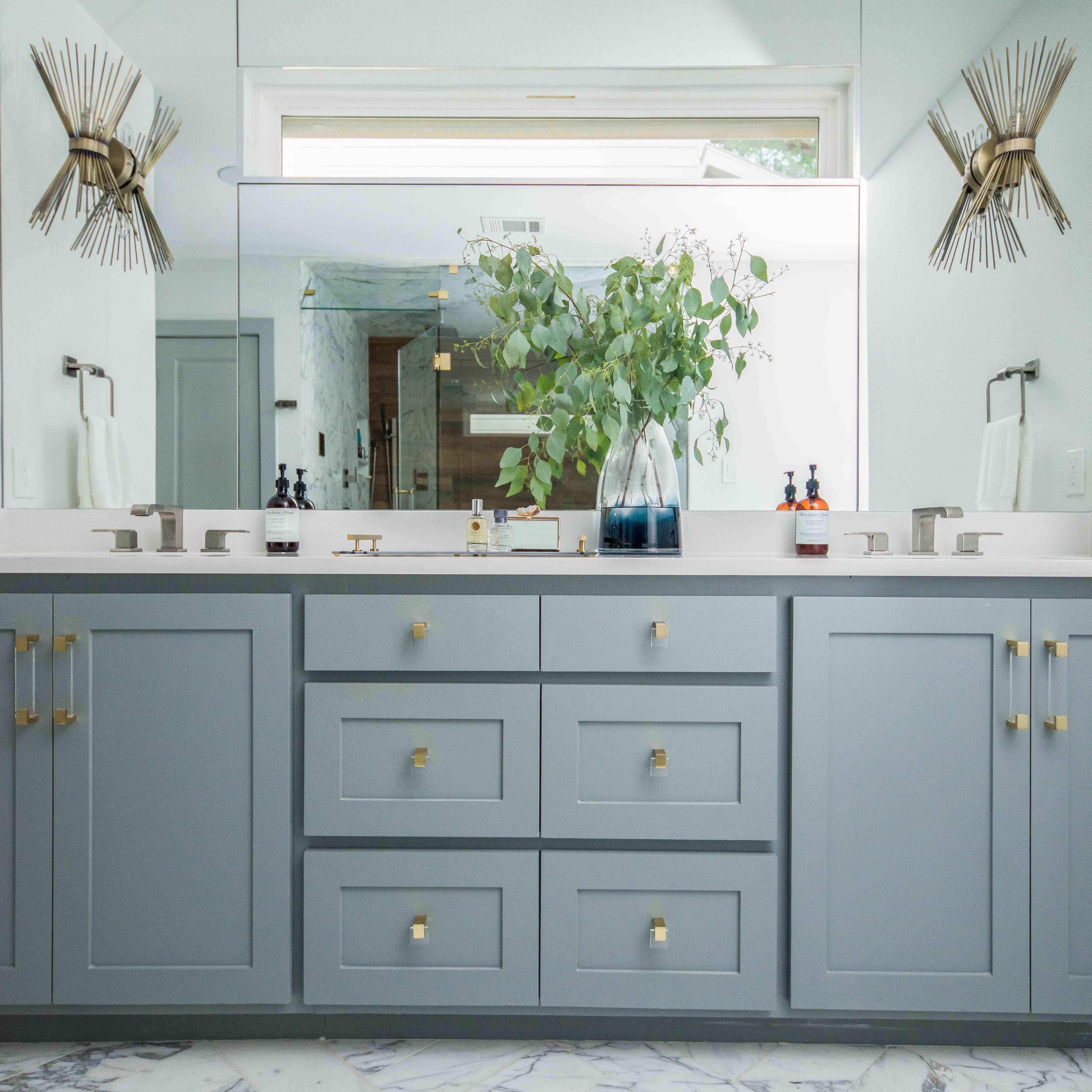18 Bathroom Flooring Ideas To Inspire Your Next Remodel