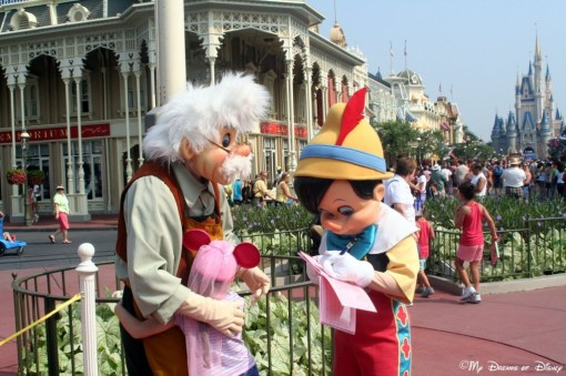 Pinocchio and Geppetto greeting Sophie!
