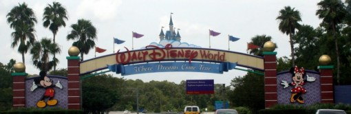 The Walt Disney World Entrance sign on World Drive welcomes you!