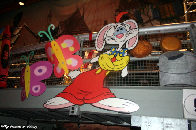 Uh Oh, it's Roger Rabbit! He'll get into some mischief!