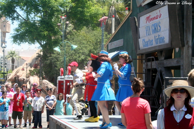 Minnie's Fly Girls perform in Condor Flats
