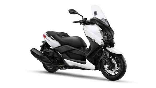 2015-Yamaha-X-MAX-400-EU-Absolute-White-Studio-001