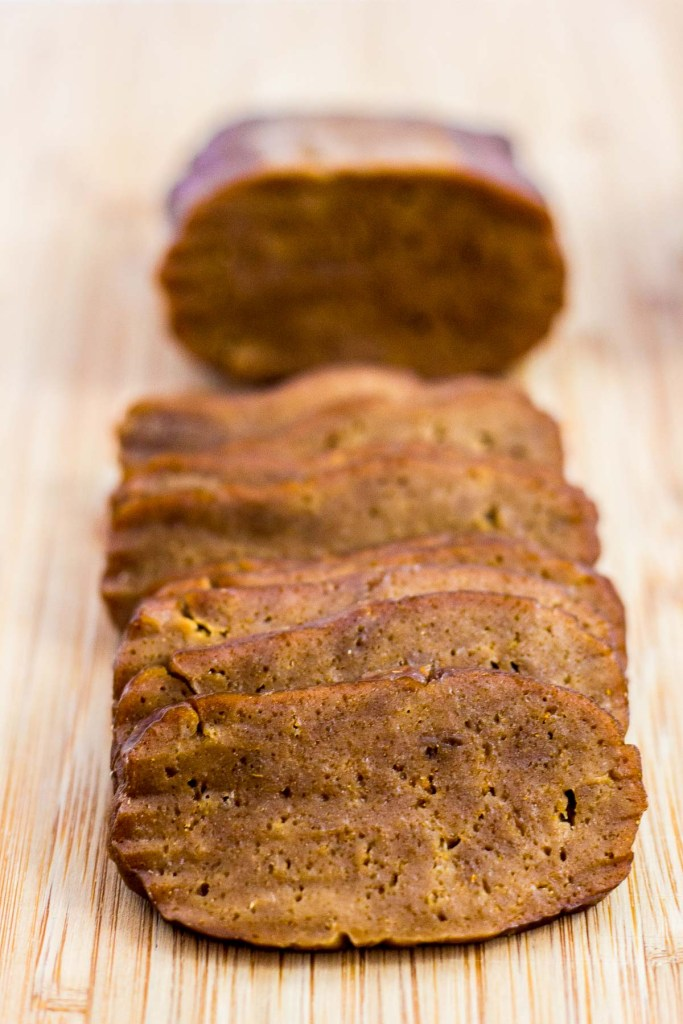 cooked beef flavored seitan, thinly sliced