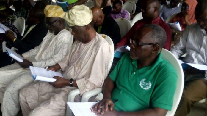 Tributes pour as Engineering Titan, Olu Awoyinfa goes home