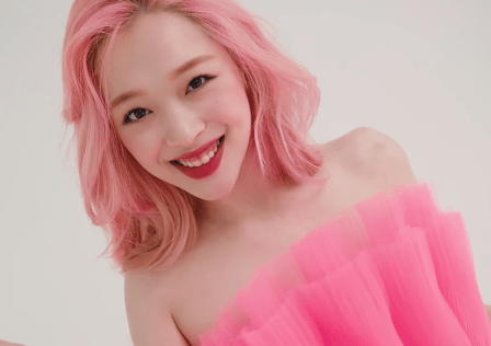 Sulli_for_Marie_Claire_Korea,_July_2019_20