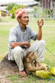 Monkey trainer