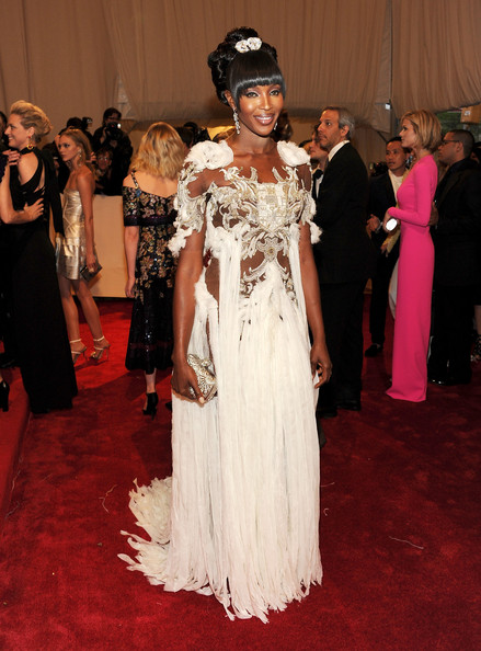 Naomi+Campbell+Alexander+McQueen+Savage+Beauty+Bti4K4OVtCTl Met Ball 2011: worst dressed