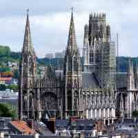 Paris to Rouen Day Trip: How to Get There and What to Do (Map Included)