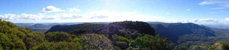 Mount Cordeaux hike 04