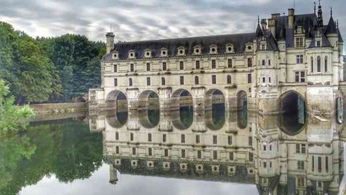 Loire Valley: Castles and Wineries Less Than Two Hours from Paris