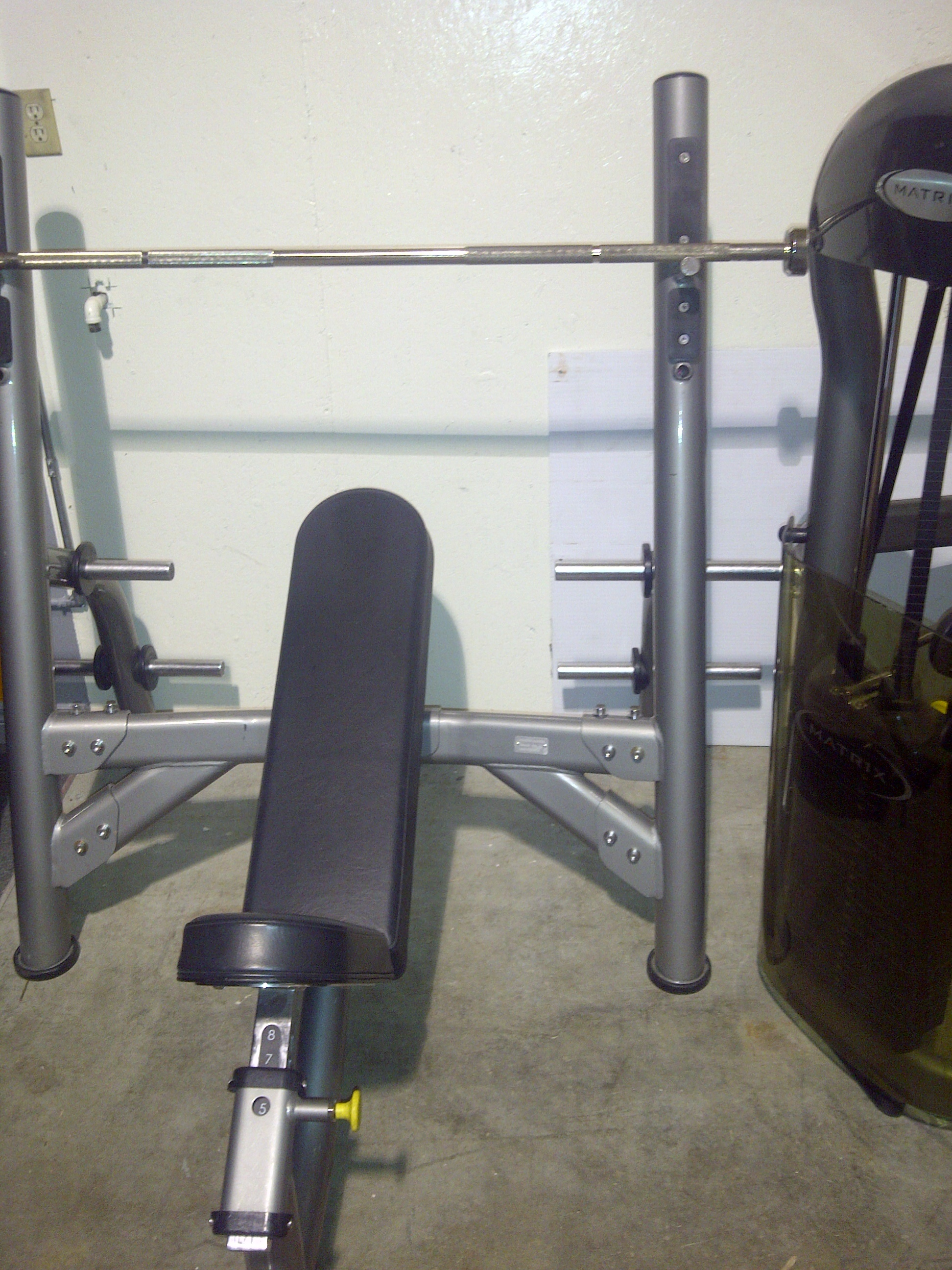 Used Matrix Olympic Incline Bench Press Great Condition