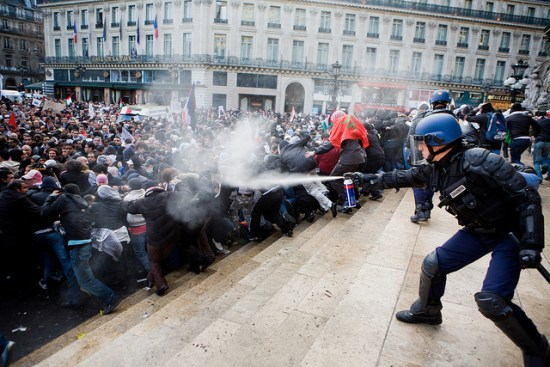 MyFrenchLife™ - french strikes - riot police