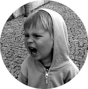 MyFrenchLife™ - MyFrenchLife.org - French parenting expectations - Angry Child