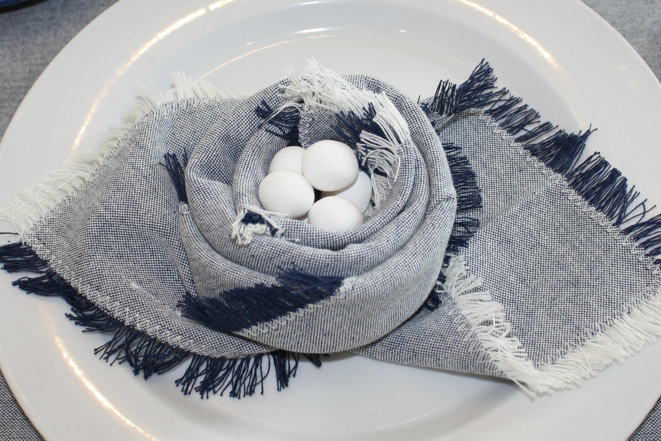 birds nest folded napkin - myfrenchtwist.com