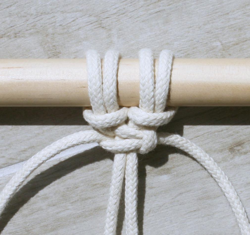 square knot - myfrenchtwist.com