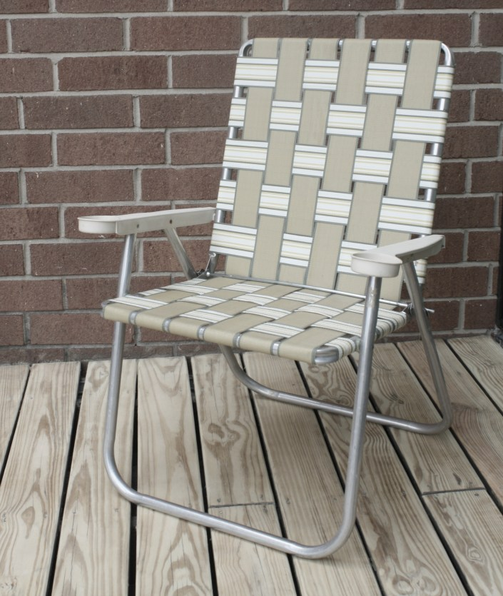 macrame lawn chair - before