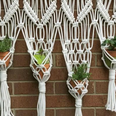 macrame herb garden - myfrenchtwist.com