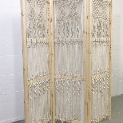 macrame folding screen - myfrenchtwist.com