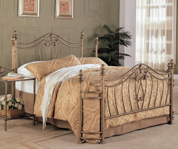 Sydney Golden Traditional Metal Bed