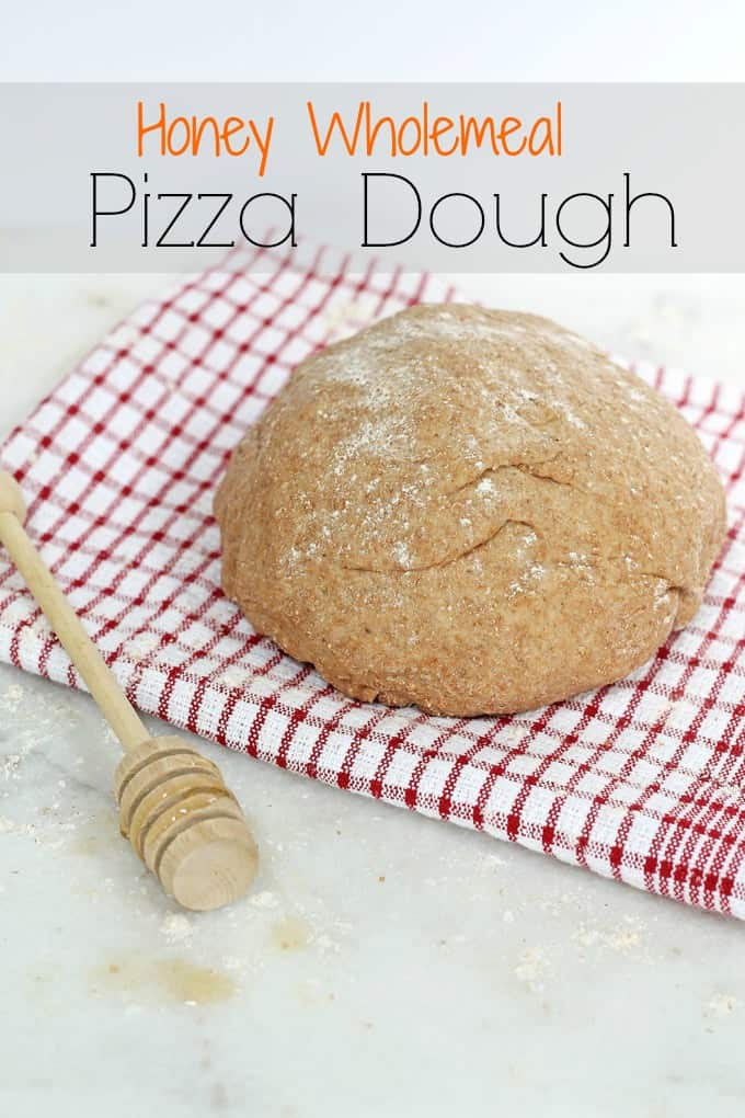 Make your own clean eating Honey Wholemeal Pizza Dough at home with this recipe. Its so easy to make and can be frozen too! | My Fussy Eater Blog