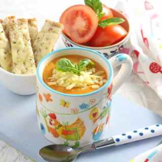 Roasted Tomato & Red Pesto Soup