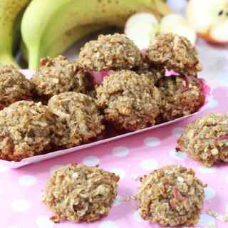 Apple & Banana Quinoa Oat Bites