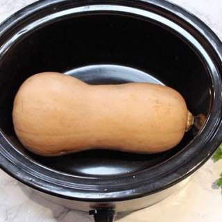 How To Cook A Whole Butternut Squash In The Slow Cooker